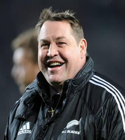 Steve Hansen re-signs as All Blacks coach