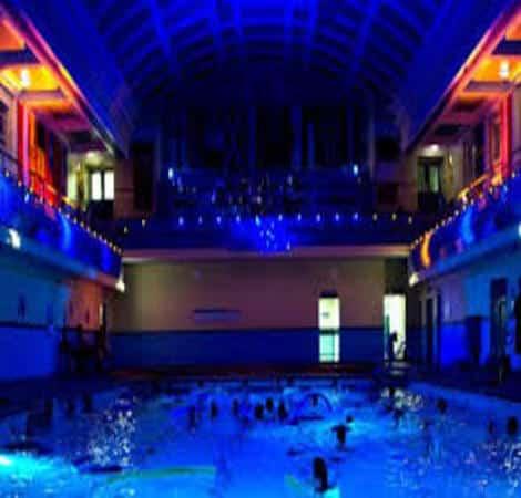 World's first underwater concert