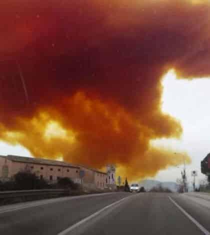 Huge toxic orange cloud in Spain