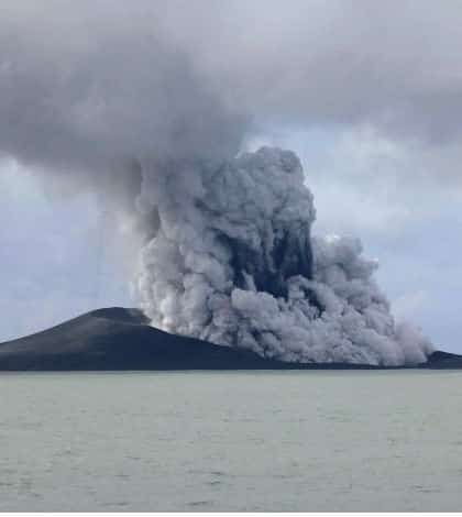 New Island formed off Tonga