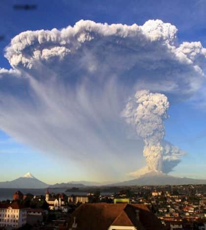 Chile's Calbuco awakens with huge eruption