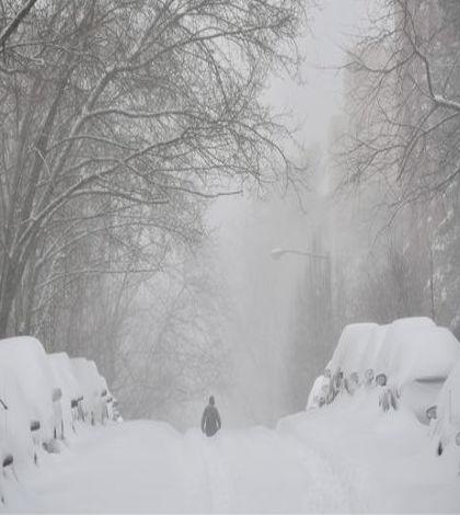 Snow blizzard hits America