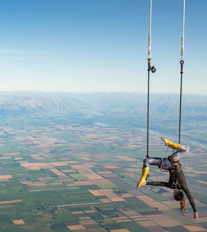 World's highest trapeze act in NZ