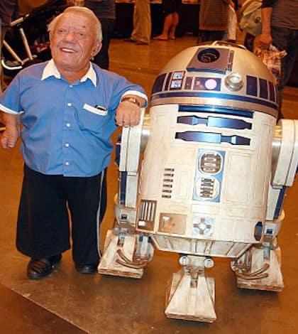 R2D2 actor dies