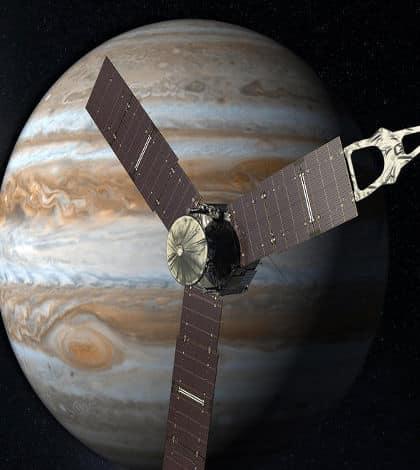 Juno sends Jupiter images home