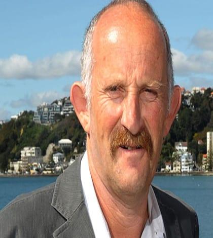 Gareth Morgan starts new political party