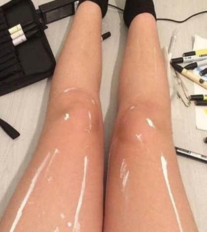 Leg optical illusion