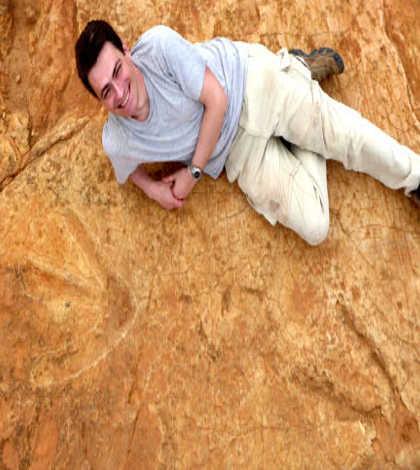 Mammoth (megatheropod) dinosaur found