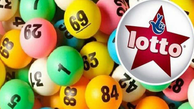 Canadian teen wins lottery aged 18
