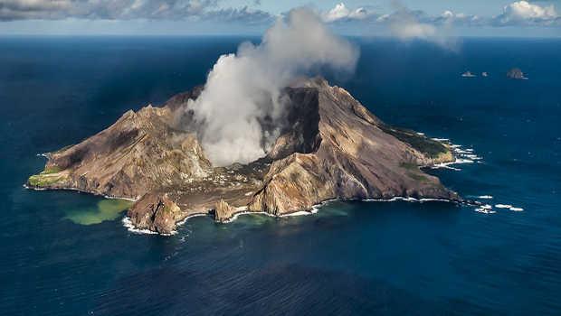Earthquakes hit Whakaari/White Island